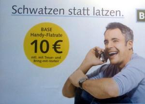 Base-Plakat mit Werbereim